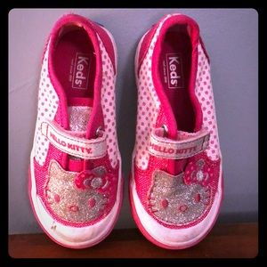 Other - Toddler 7 hello kitty shoes